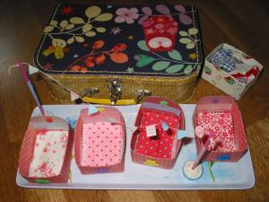 Mini-Lits pour mini-poupées dans Home made pour elles poupées-002-300x225