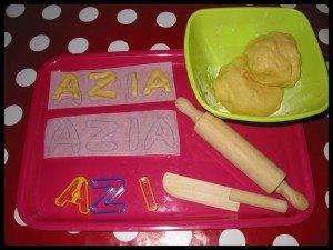 ♥Biscuits personnalisés ♥ pour l'anniversaire d'Azia♥ dans Jours de fête montage1-300x225