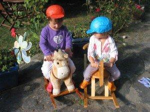 Matériel pour jouer avec les chevaux à bascule dans Home made pour elles 27aout12-001-300x225
