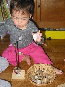 Apprendre à enfiler des rouleaux sur une tige dans Azia s'éveille à la vie 16112012-250-225x300