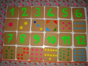 Un tableau pour s'amuser à reconnaire les chiffres et dénombrer dans Apprendre en s'amusant mont19-300x225