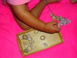 Le collier de coquillages d'Azia dans Azia s'éveille à la vie collier1-300x225