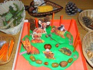 Plateau de pâte à modeler sur le thème de l'automne dans Aimer et découvrir la nature mont48-300x225